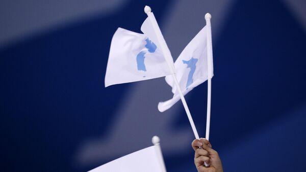 Las banderas de la península de Corea - Sputnik Mundo