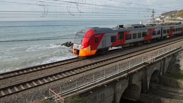 El tren de la empresa ferroviaria RZhD - Sputnik Mundo