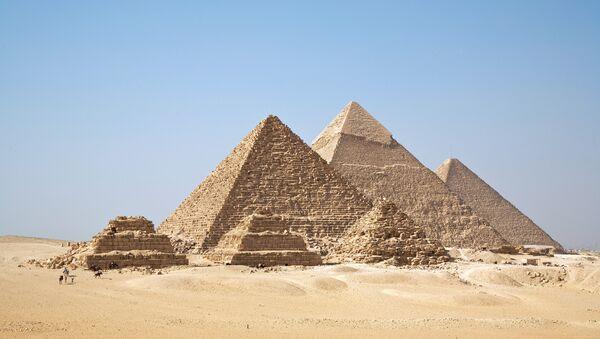 Las famosa pirámides de Giza - Sputnik Mundo