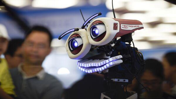 Un robot chino en la Conferencia de Robots Mundial en Pekín (imagen referencial) - Sputnik Mundo