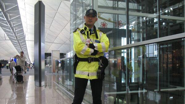 Seguridad del aeropuerto de Hong kong - Sputnik Mundo