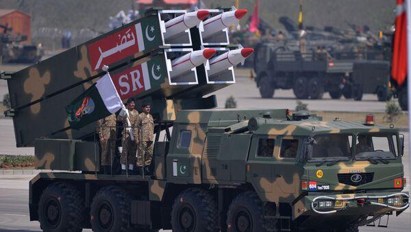 Sistema de misiles pakistaní NASR - Sputnik Mundo
