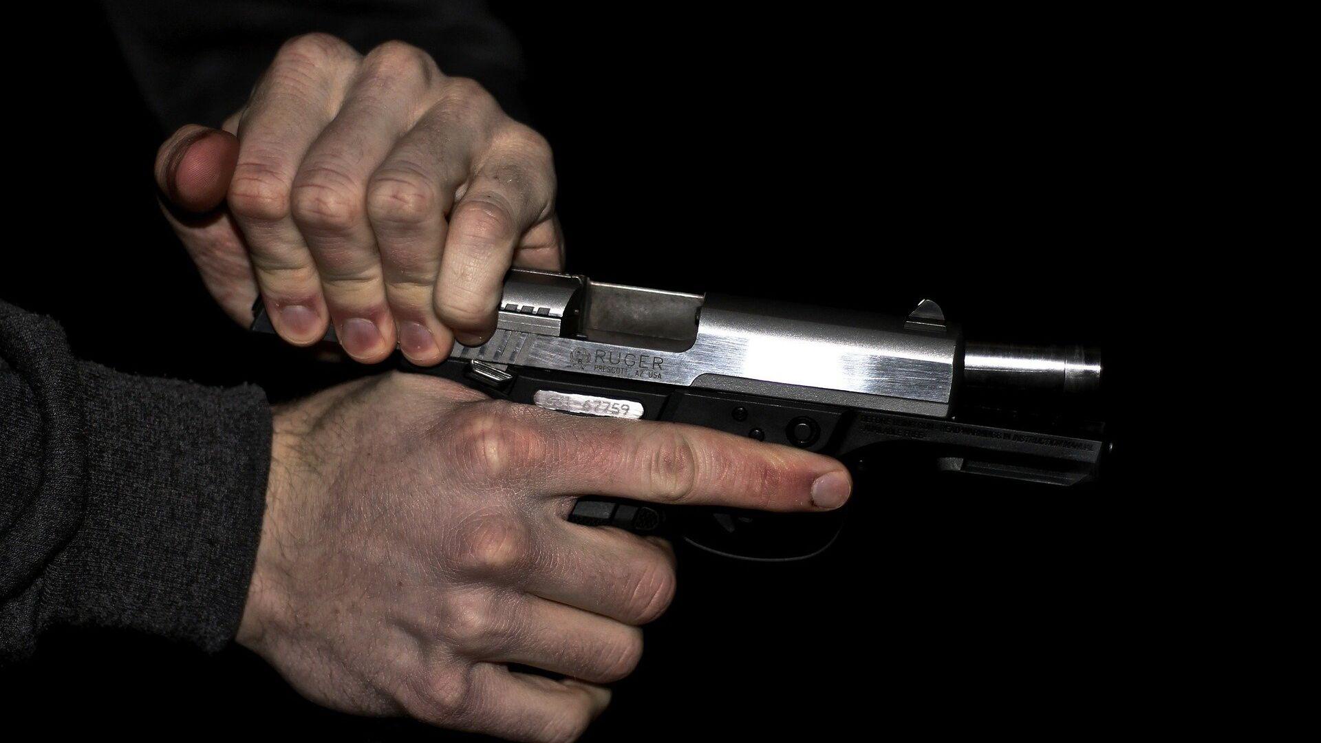 Una pistola (imagen referencial) - Sputnik Mundo, 1920, 18.02.2021
