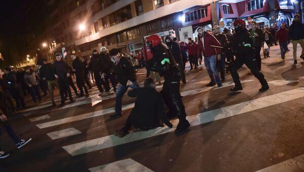 Enfrentamientos en Bilbao - Sputnik Mundo
