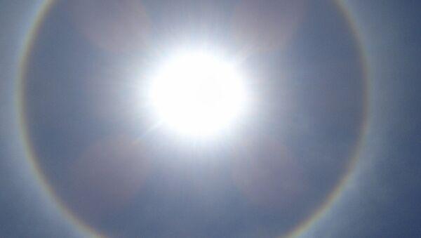 Halo solar (imagen referencial) - Sputnik Mundo