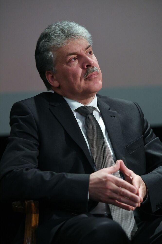 El candidato a la Presidencia de Rusia Pável Grudinin durante una reunión con los partidarios de su candidatura.