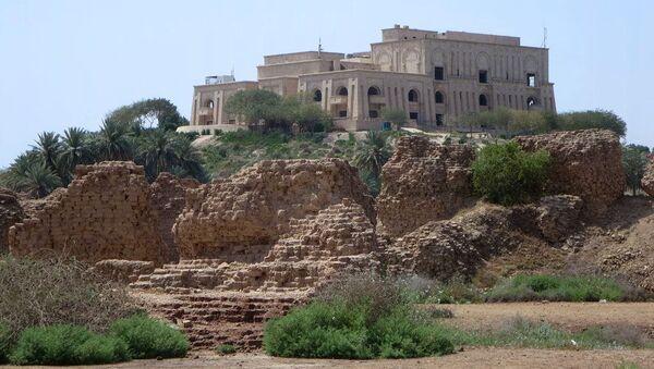 El palacio de Sadam Husein en Babilonia - Sputnik Mundo