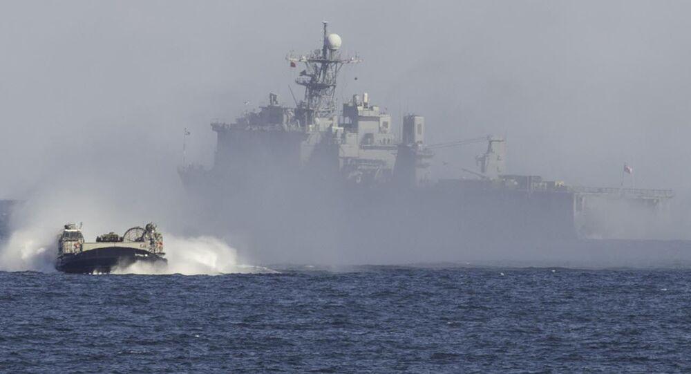 El buque de guerra USS Oak Hill (archivo)