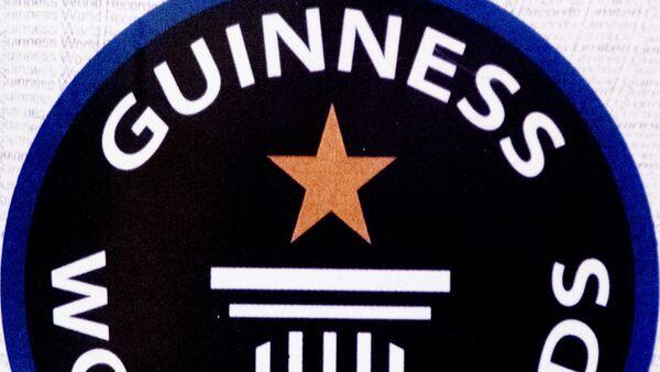 El logo del Libro Guinness de los Records - Sputnik Mundo
