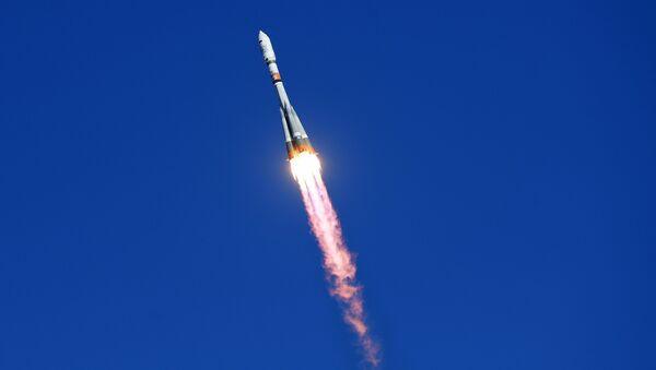 Cohete Soyuz (imagen referencial) - Sputnik Mundo