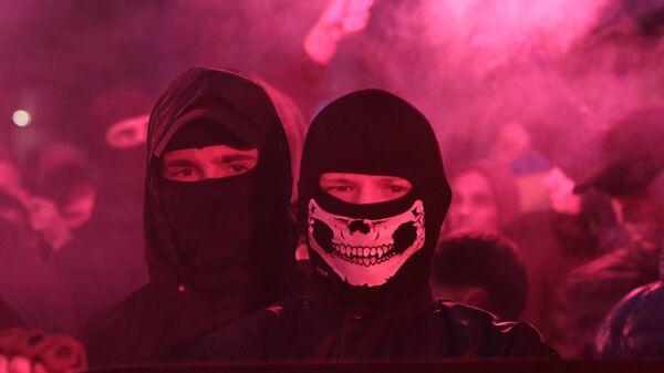 Marcha de nacionalistas ucranianos en Leópolis, Ucrania (archivo) - Sputnik Mundo