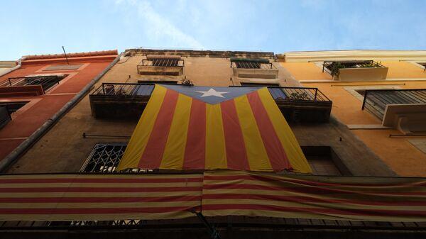 La bandera independentista de Cataluña - Sputnik Mundo
