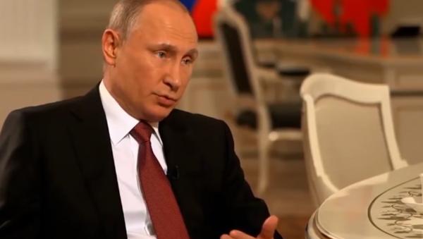 Putin revela la causa del hundimiento del submarino ruso Kursk - Sputnik Mundo