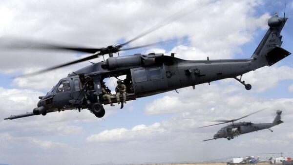 Two HH-60G Pave Hawk rescue helicopters - Sputnik Mundo