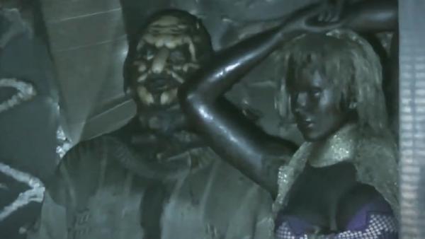 La casa de cera: un incendio convierte un museo de cera ruso en una película de terror - Sputnik Mundo