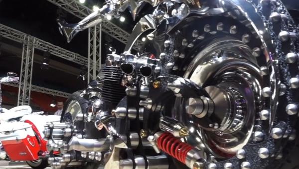 Así es la moto futurista rusa de la que incluso Batman podría tener envidia - Sputnik Mundo
