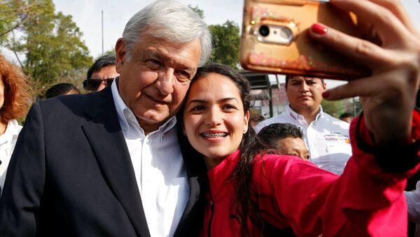 Andrés Manuel López Obrador, político mexicano - Sputnik Mundo