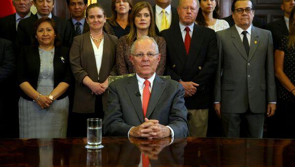 El presidente de Perú, Pedro Pablo Kuczynski, en su mensaje a la nación en su renuncia. - Sputnik Mundo