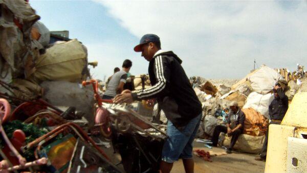 Captura de pantalla del documental Los Olvidados, sobre la problemática que enfrentan los habitantes del barrio Marconi de Montevideo - Sputnik Mundo