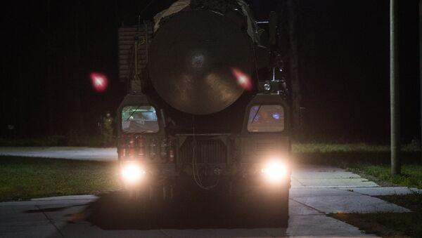 Sistema de misiles RS-24 Yars - Sputnik Mundo