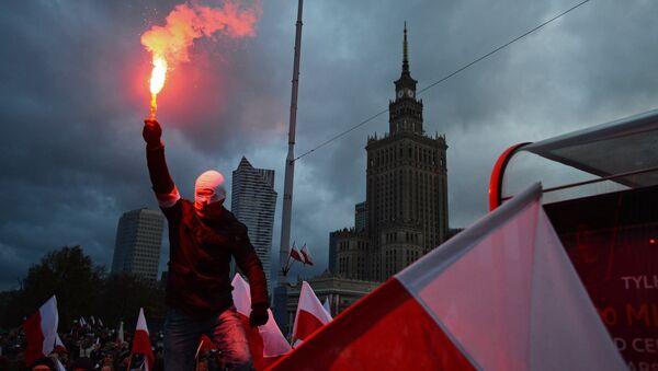 Manifestación en Varsovia, Polonia (archivo) - Sputnik Mundo