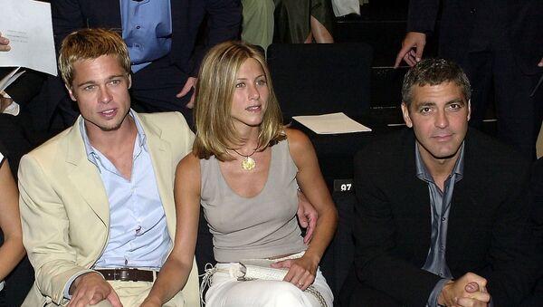 Brad Pitt y Jennifer Aniston, foto de archivo - Sputnik Mundo