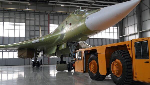 El bombardero ruso Tu-160M2 - Sputnik Mundo