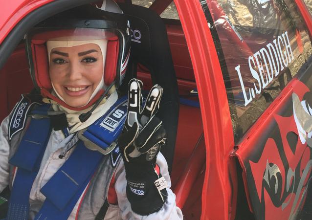 Laleh Sedigh, campeona de Irán de automovilismo