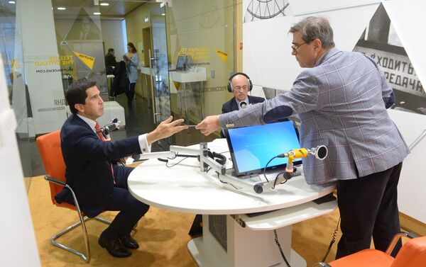 Momentos previos a la entrevista - Sputnik Mundo
