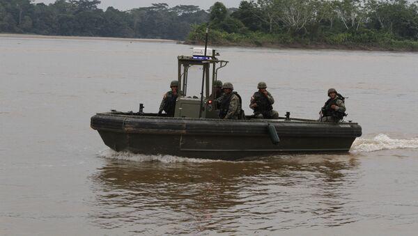 Transporte de agua de las Fuerzas Armadas de Ecuador (Archivo) - Sputnik Mundo