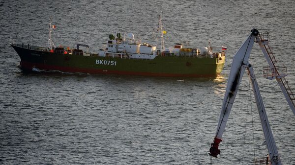 Un barco pesquero ruso (imagen referencial) - Sputnik Mundo