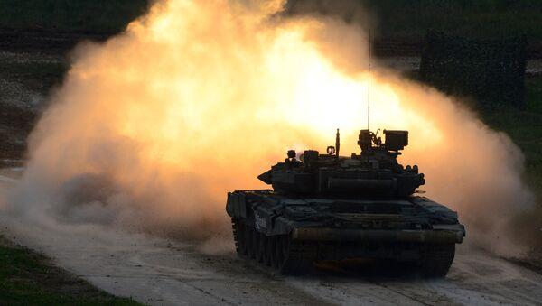 Un vehículo blindado T-90, foto de archivo - Sputnik Mundo