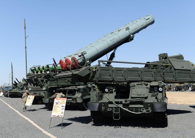Sistema de misiles antiaéreos Buk-M3 (archivo)