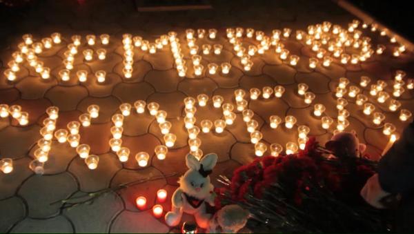 El mundo llora por las víctimas del trágico incendio en Kémerovo - Sputnik Mundo