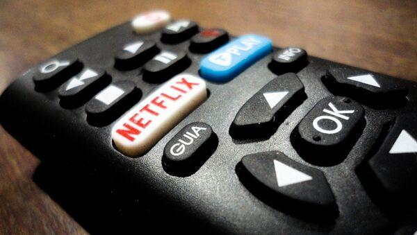 Un control remoto con botón de Netflix - Sputnik Mundo