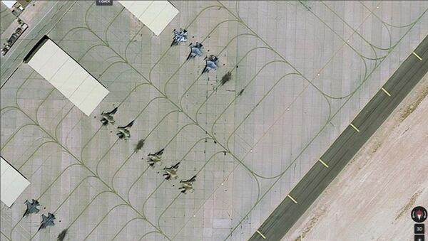 La base aérea Nellis en Nevada (EEUU), captura de pantalla de Google Maps - Sputnik Mundo