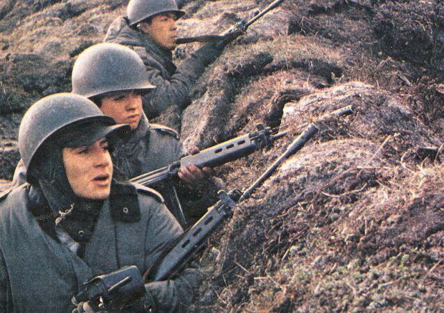 Soldados argentinos en las Malvinas