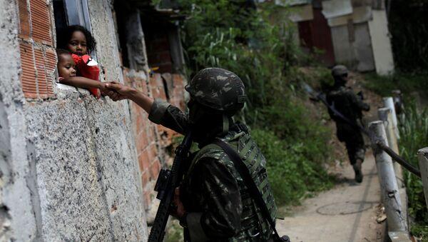 Intervención militar en la ciudad de Río de Janeiro - Sputnik Mundo
