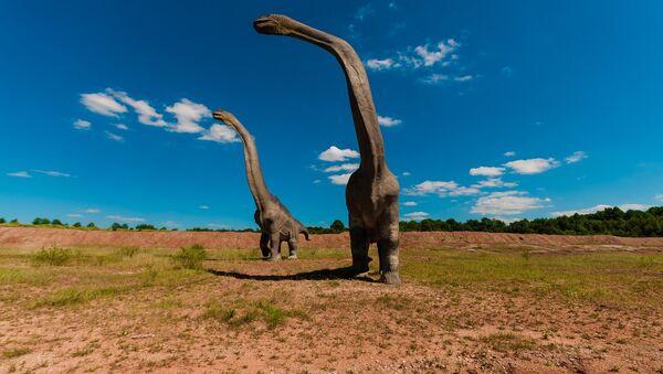 Dinosaurios (imagen referencial) - Sputnik Mundo