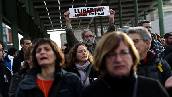 Manifestación de protesta en Barcelona - Sputnik Mundo