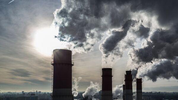 Una central eléctrica (imagen referencial) - Sputnik Mundo