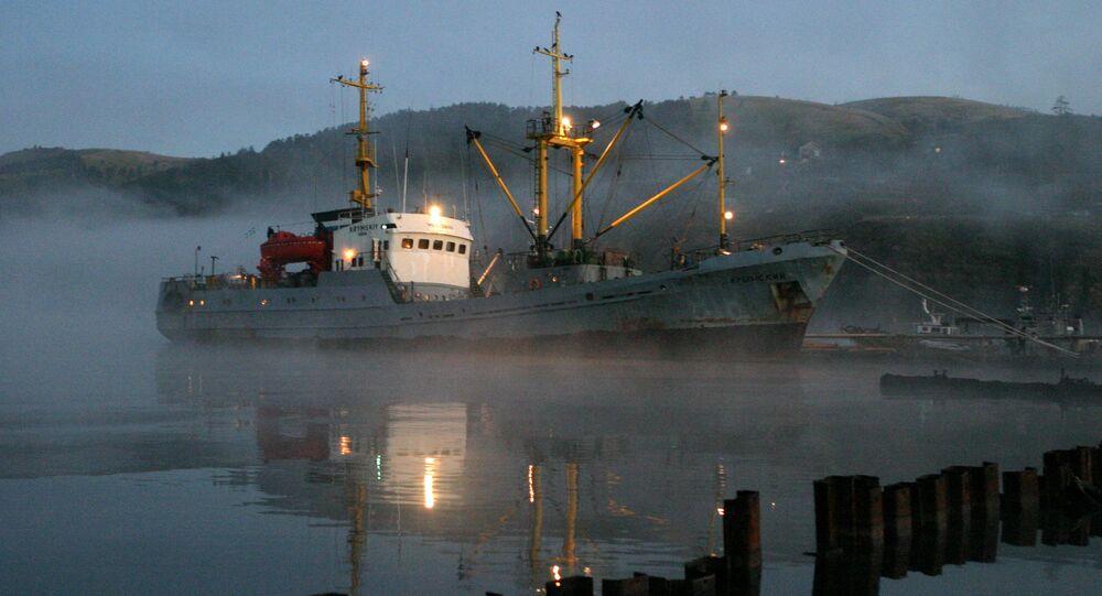 Barco pesquero ruso (imagen referencial)