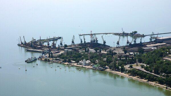 Un puerto en el mar de Azov - Sputnik Mundo