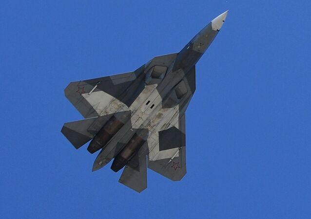 Los Su-57, en todo su esplendor: las Fuerzas Aéreas de Rusia ensayan el desfile del Día de la Victoria
