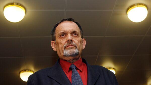 Gerd Honsik, negador austriaco de Holocausto - Sputnik Mundo