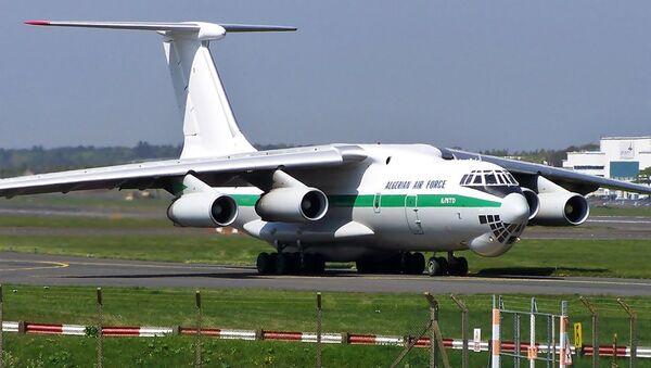 Un avión argelino IL-76 - Sputnik Mundo