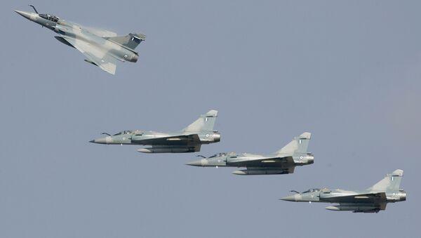 Cazas griegos Dassault Mirage 2000-5 (archivo) - Sputnik Mundo