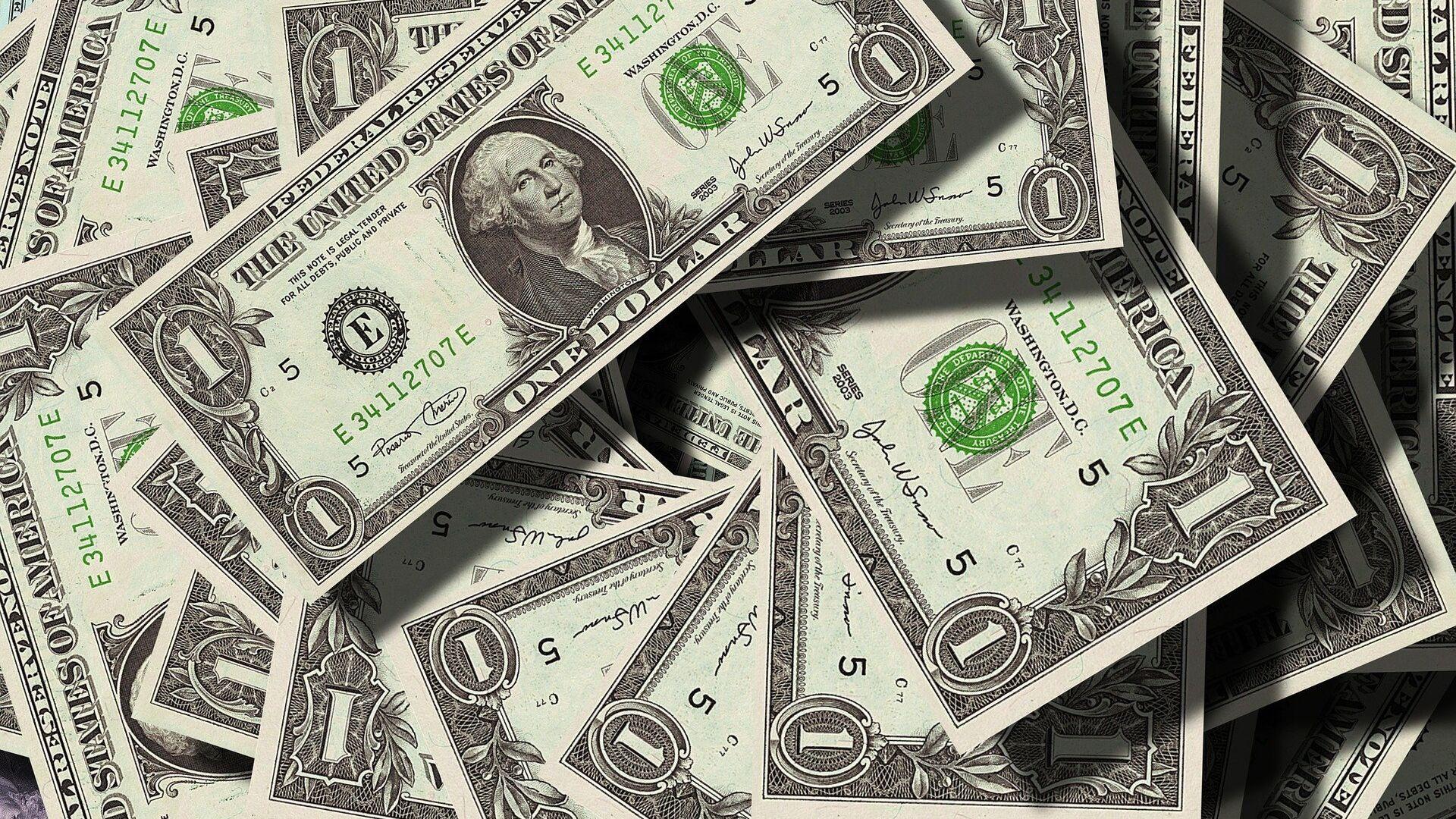 Dólares (imagen referencial) - Sputnik Mundo, 1920, 26.04.2021