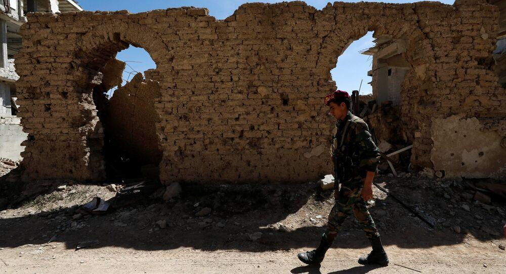 Un militar sirio en Guta Oriental