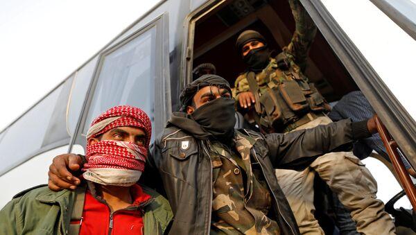 Los combatientes de la oposición siria - Sputnik Mundo